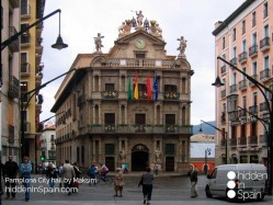 Pamplona-city-hall
