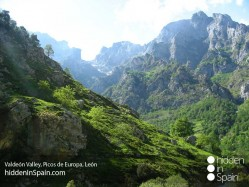 Valdeon_Valley_Picos_de_Europa_Leon_2