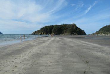 Travel to Morouzos beach Galicia